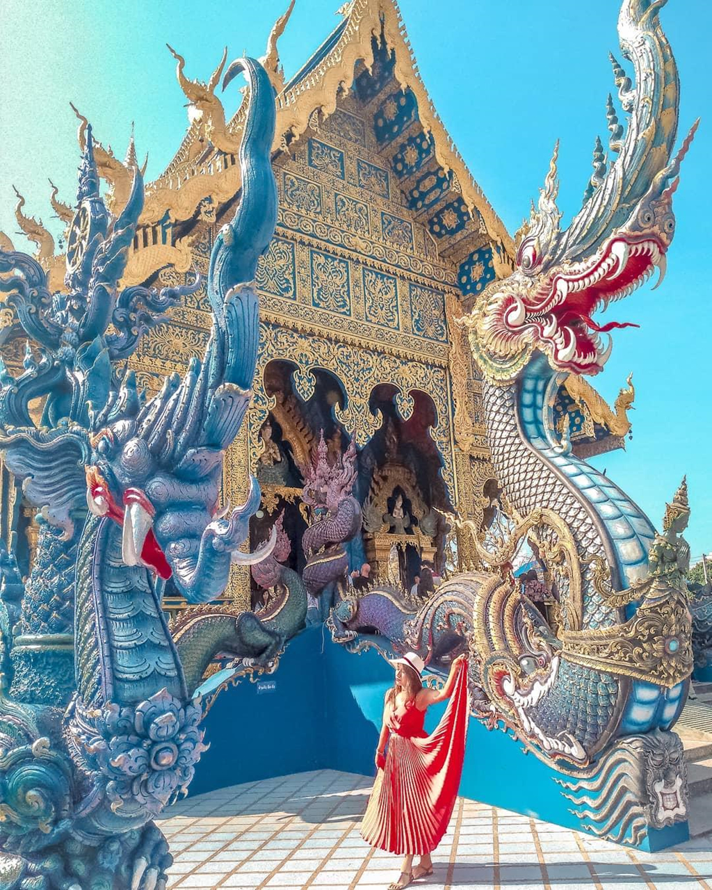 ghe-thai-lan-check-in-song-ao-tai-ngoi-chua-xanh-dat-vang-sang-chanh-ivivu-2