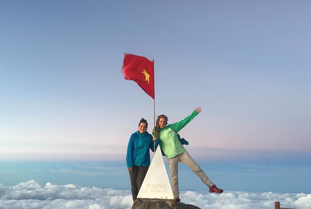 Hướng dẫn đường đến đỉnh Fansipan - Nóc nhà Đông Dương - iVIVU.com