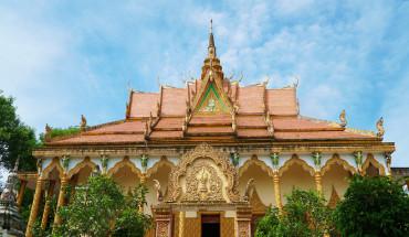 ngoi-chua-khmer-hon-140-nam-tuoi-o-an-giang-ivivu-1