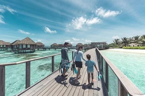 Với những dịch vụ độc quyền, Club Med Kani là khu nghỉ dưỡng lý tưởng cho kỳ nghỉ gia đình. Ảnh: Amazing Our World.