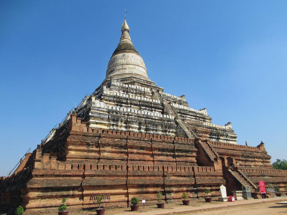 Tôi gọi Shwesandaw là chùa mặt trời, vì ngắm hoàng hôn ở đây rất đẹp
