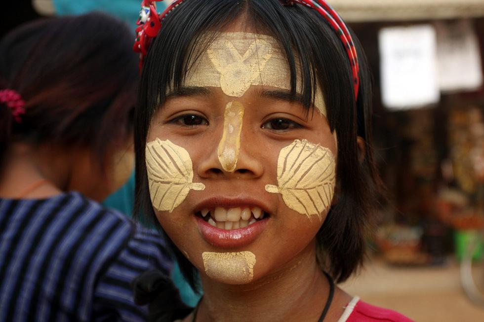 Đây là loại bột được người Myanmar sử dụng để dưỡng da, chống nắng