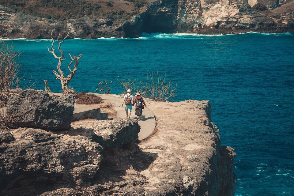 Màu xanh ngút ngàn trên đảo Nusa Penida