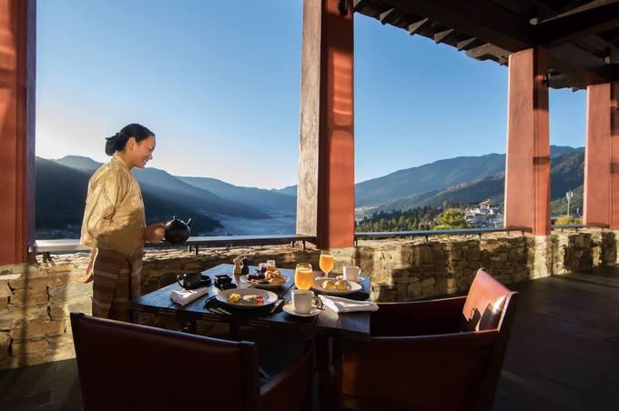 Gangtey Lodge, Bhutan  Khu nghỉ có 12 phòng nằm ở thung lũng Gangtey. Phòng tại đây được thiết kế theo phong cách truyền thống. Thung lũng Gangtey cũng là điểm dừng chân nổi tiếng ở Bhutan để tìm hiểu sếu cổ đen, một loài quý hiếm sống trong tự nhiên.