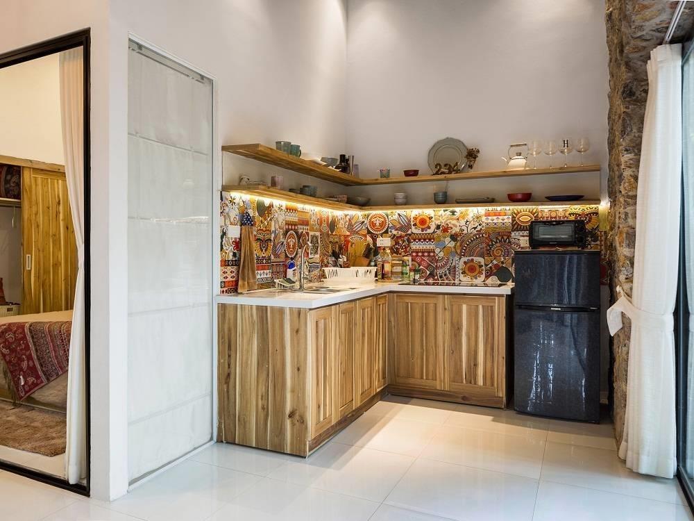 2. Hygge Homestay: Chẳng cần đi đâu xa, bạn có thể trải nghiệm không gian như rừng thông Bắc Âu ở Hygge Homestay nằm trên đường Âu Cơ. Căn nhà được bao trùm bởi khoảng sân vườn rộng tới 360 m2, một không gian ngoài trời lý tưởng cho buổi tiệc nướng BBQ bên bạn bè và gia đình. Ảnh: Happynest.