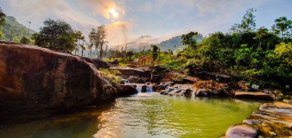 Bach-Ma-Village-Hue-ivivu-2