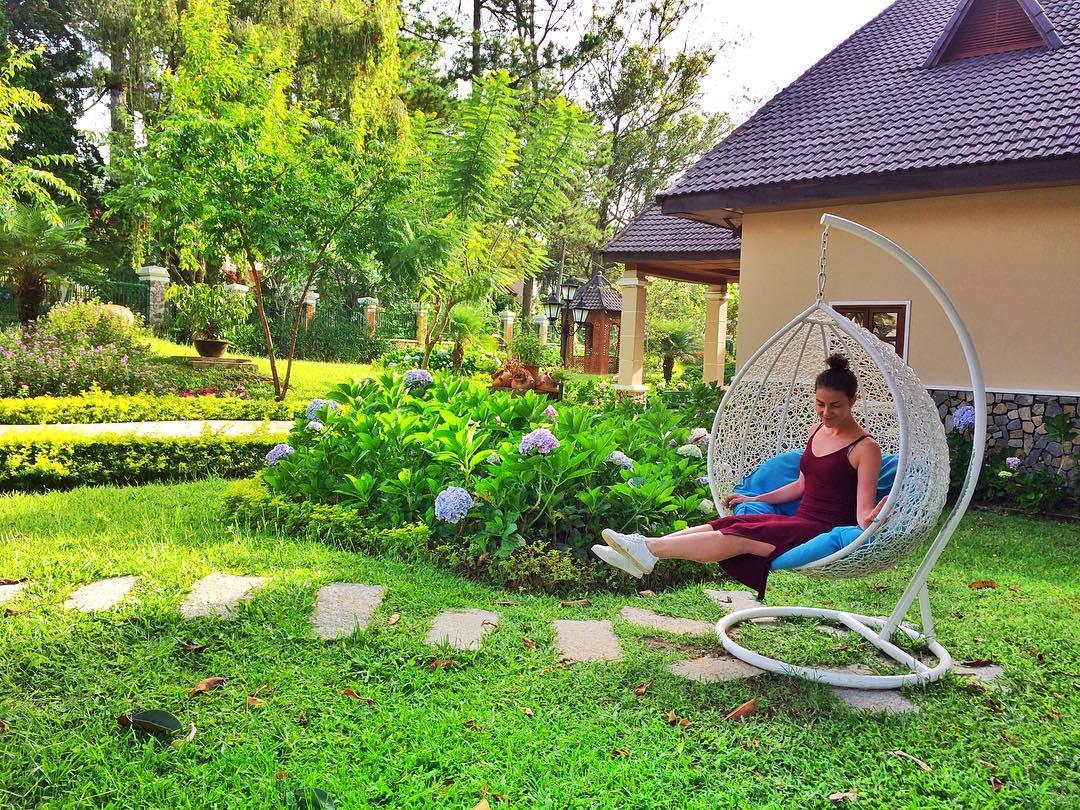 Monet-Garden-Da-Lat-ivivu-17