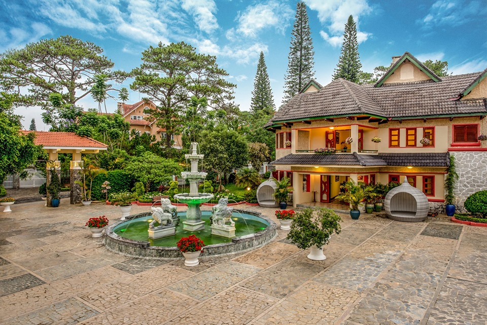 Monet-Garden-Da-Lat-ivivu-4