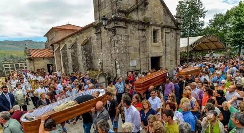 Lễ hội tôn vinh sự sống trong bầu không khí của đám tang ở Tây Ban Nha. Ảnh: BBC.