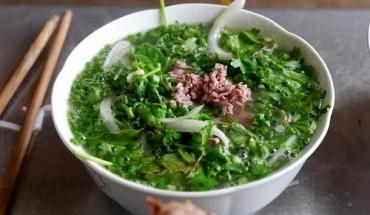 quan-pho-truyen-thong-80-nam-tuoi-giua-long-ha-noi-ivivu-2