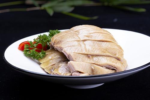 Vịt muối luộc là đặc sản ở Nam Kinh, tỉnh Giang Tô, miền đông Trung Quốc. Ảnh: VCG.