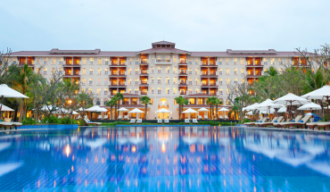 3N2Đ-Vinpearl- Luxury-da-nang-ve-may-bay-khu-hoi-an-sang-buffet- chi-voi-6199000-dong-ivivu-1