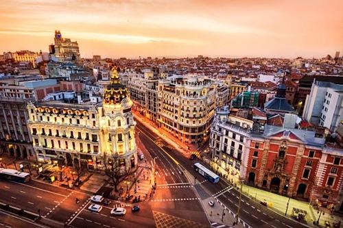 Thủ đô Madrid là thành phố lớn nhất ở Tây Ban Nha. Ảnh: Mirror