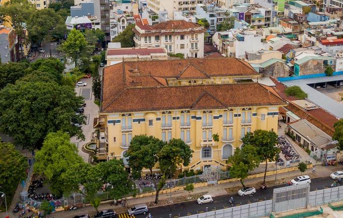 Bảo tàng Mỹ thuật TP HCM, nơi từng là dinh thự của đại gia Sài Gòn xưa – iVIVU.com