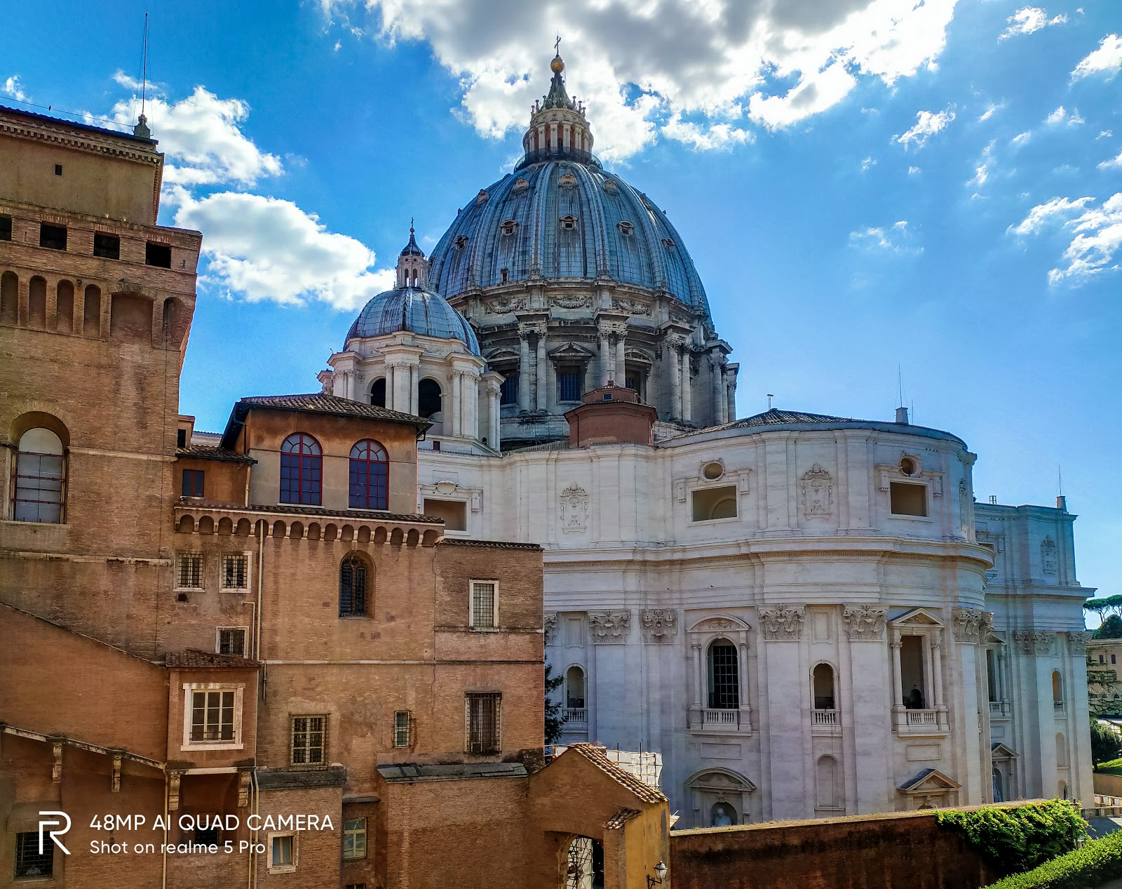 Nhà thờ Vatican từ khu vực nhà bảo tàng.