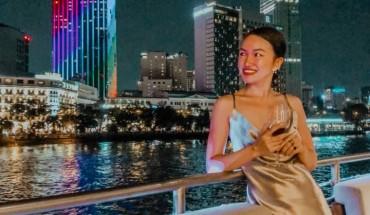 chill-het-nac-o-tau-Saigon Sensation - Lounge & Dining Cruises-ivivu-2
