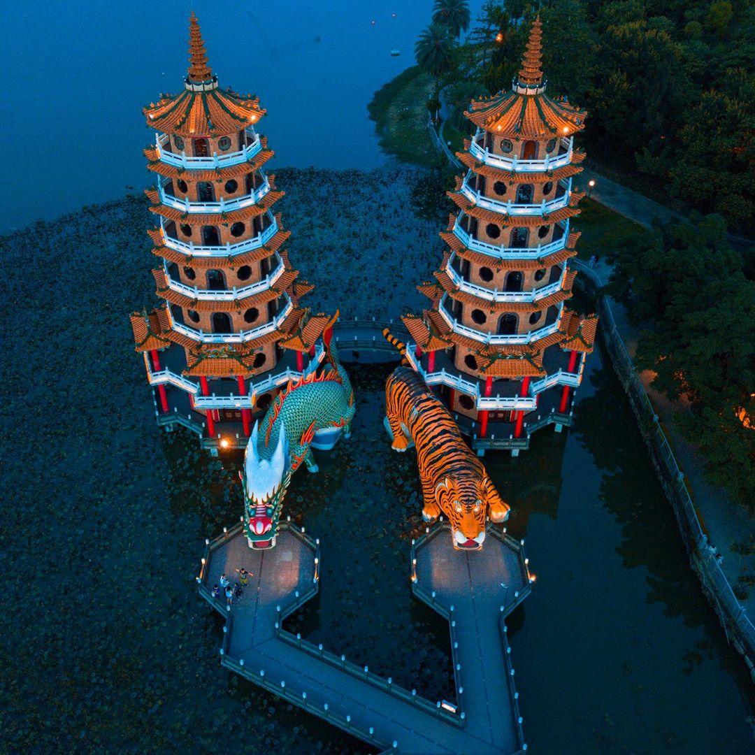 Du lịch Cao Hùng nhất định phải ghé thăm Long Hổ Tháp một lần – iVIVU.com