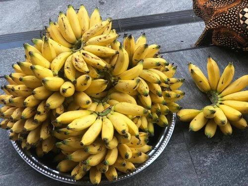 Chuối, salak là những loại quả được bán nhiều ở Bali.