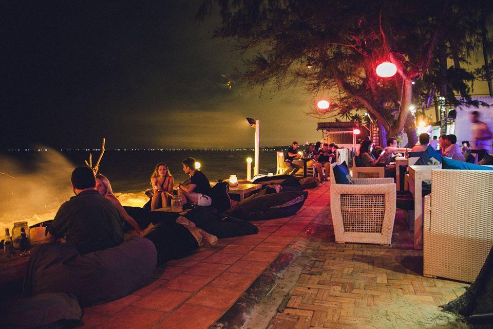 Dragon-Beach-Bar-ivivu-3