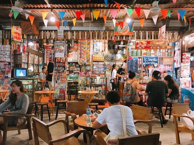 khu-cho-dem-voi-1500-gian-hang-o-bangkok-ivivu-10