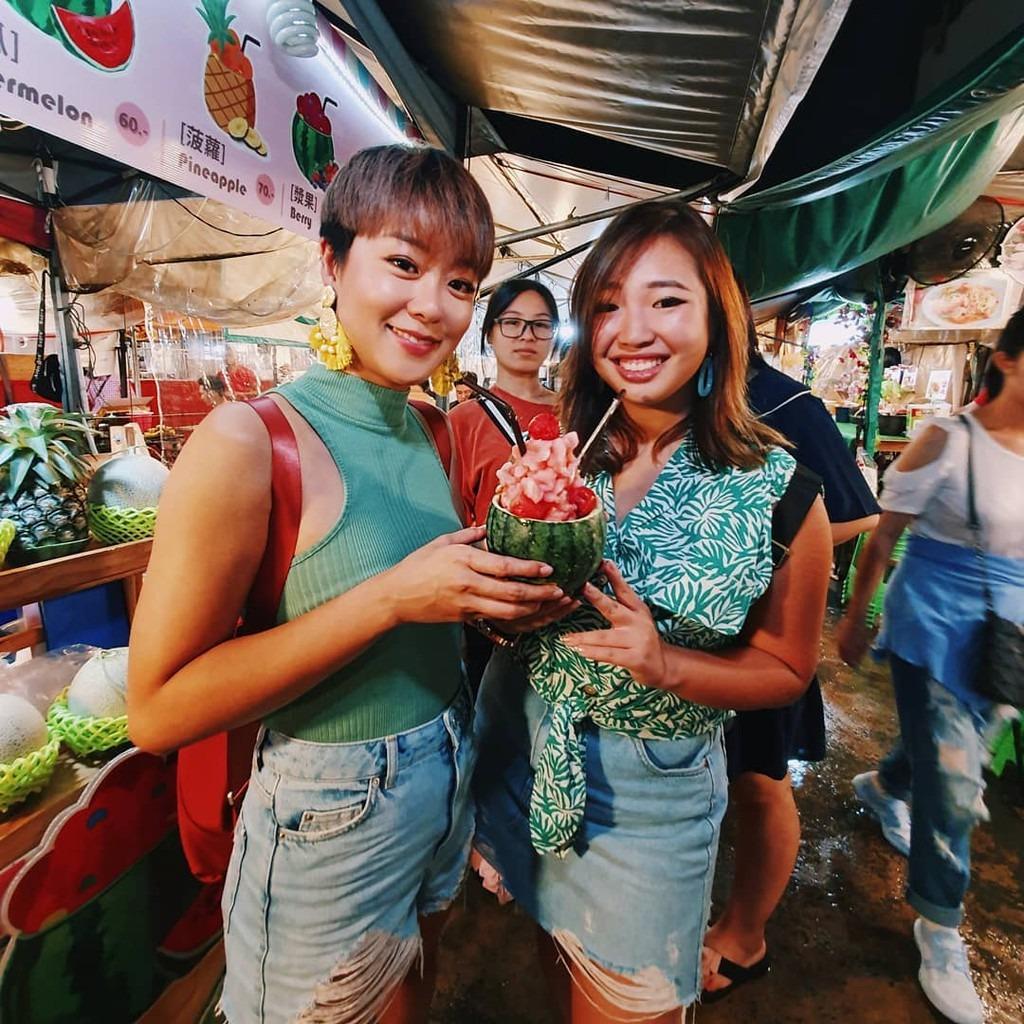 khu-cho-dem-voi-1500-gian-hang-o-bangkok-ivivu-11