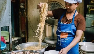 mi-xa-xiu-re-nhu-cho-o-bangkok-ivivu-2