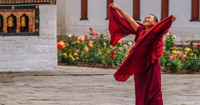 mua-tuyet-roi-tai-quoc-gia-hanh-phuc-bhutan-ivivu-15
