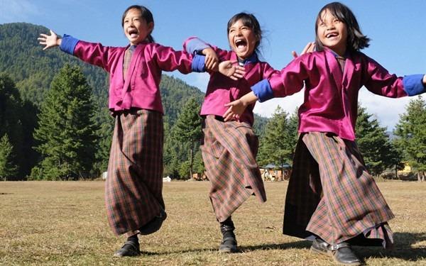 mua-tuyet-roi-tai-quoc-gia-hanh-phuc-bhutan-ivivu-16