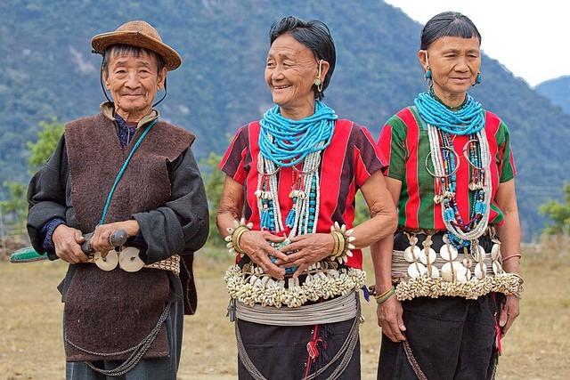 mua-tuyet-roi-tai-quoc-gia-hanh-phuc-bhutan-ivivu-17