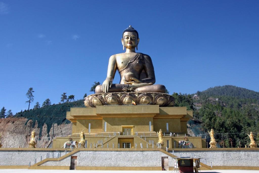 mua-tuyet-roi-tai-quoc-gia-hanh-phuc-bhutan-ivivu-23