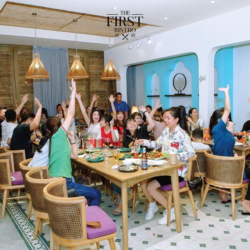 1001-ngan-goc-song-ao-the-first-bistro-nha-trang-ivivu-2