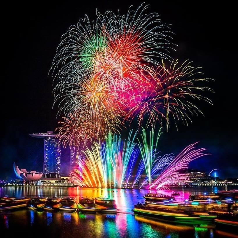 don-cho-su-kien-dac-sac-nhat-singapore-cuoi-nam-2019-ivivu-6
