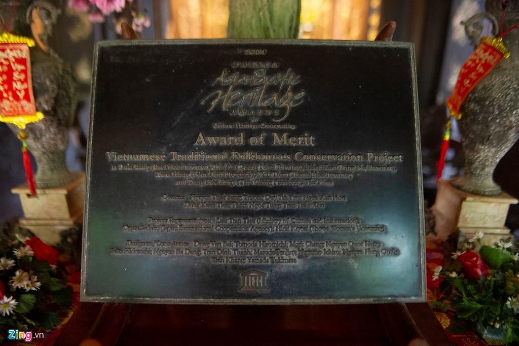 Bảng ghi nhớ và công nhận di sản văn hóa của UNESCO châu Á - Thái Bình Dương được bảo quản tại nhà. Theo gia chủ, đây là vinh dự lớn của cả dòng họ. Việc bảo vệ, phát huy giá trị văn hóa của ngôi nhà được các thành viên trong gia đình, dòng họ rất chú trọng.