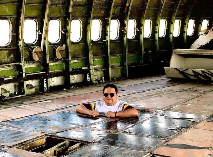 Điểm thú vị là đến đây, bạn có cơ hội tận mắt xem bên trong chiếc máy bay thực sự như thế nào. Không ít người cho rằng, Airplane Graveyard vừa là bãi báy bay phế thải nhưng cũng là bảo tàng. Anh Carlo.xb check-in cùng dòng chú thích: Người ta nói với tôi rằng đây là khoang thương gia khiến nhiều người ngạc nhiên.