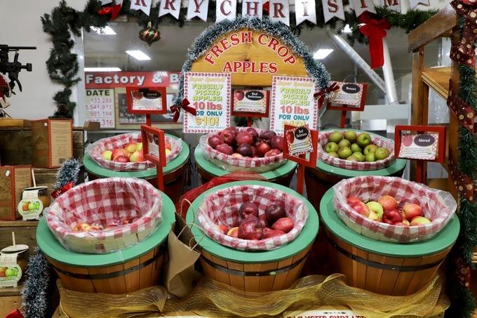 Các sản phẩm ở đây chủ yếu chế biến từ táo như rượu, bánh được làm theo chế độ ăn uống gluten-free (thực phẩm không chứa gluten).