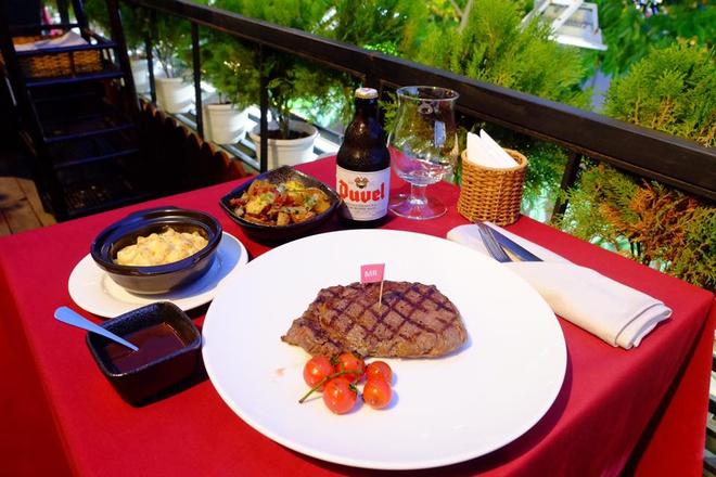 3-nha-hang-steak-nhat-dinh-phai-thu-tai-tphcm-ivivu-10