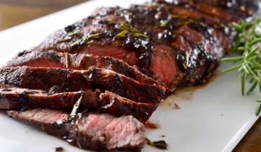3-nha-hang-steak-nhat-dinh-phai-thu-tai-tphcm-ivivu-8
