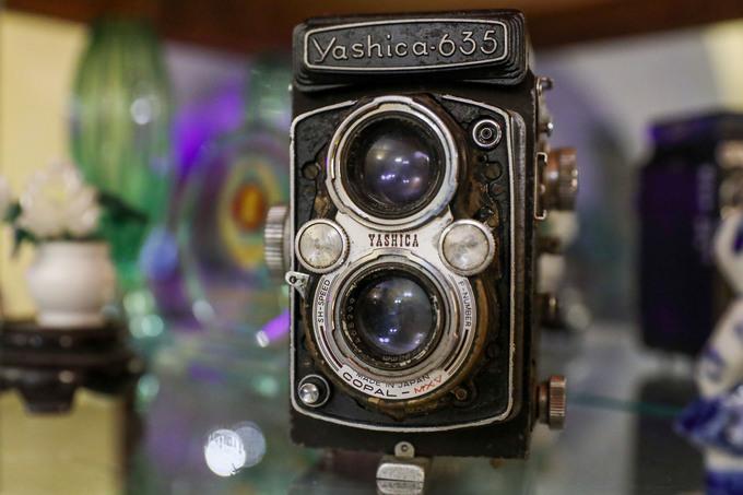 Chiếc máy ảnh Yashica 635 sản xuất thập niên 1950, kỷ vật của chiến sĩ biệt động Trần Văn Lai.