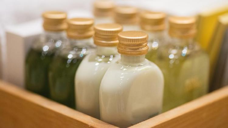 Dầu gội, dầu xả... là những thứ luôn được cung cấp miễn phí trong phòng tắm khách sạn. Ảnh: iStock.