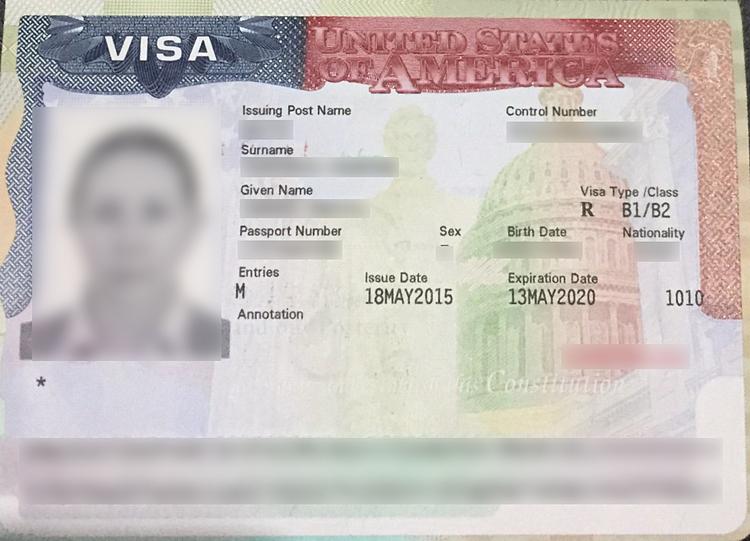 Để xin visa Mỹ, bạn cần có đầy đủ loại giấy tờ chứng minh nhân thân và tài chính. Ảnh: Ivisa.
