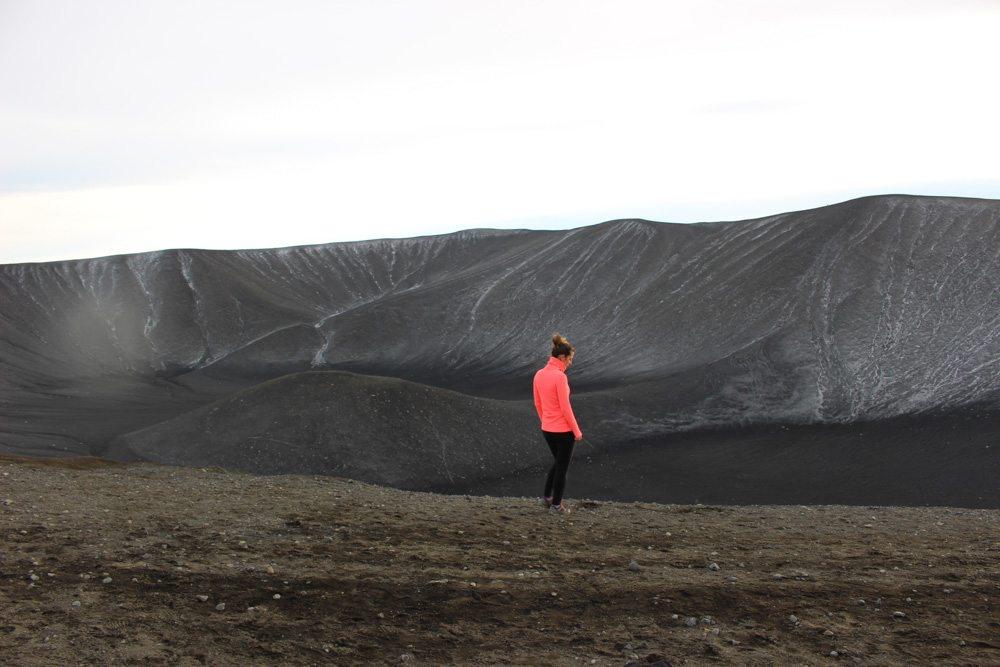 Kết nối Internet tốt nhất trên thế giới: Mạng 4G gần như xuất hiện ở mọi nơi tại Iceland. Du khách sẽ dễ dàng đăng tải những bức ảnh lên mạng xã hội ngay khi ở trên đỉnh núi.