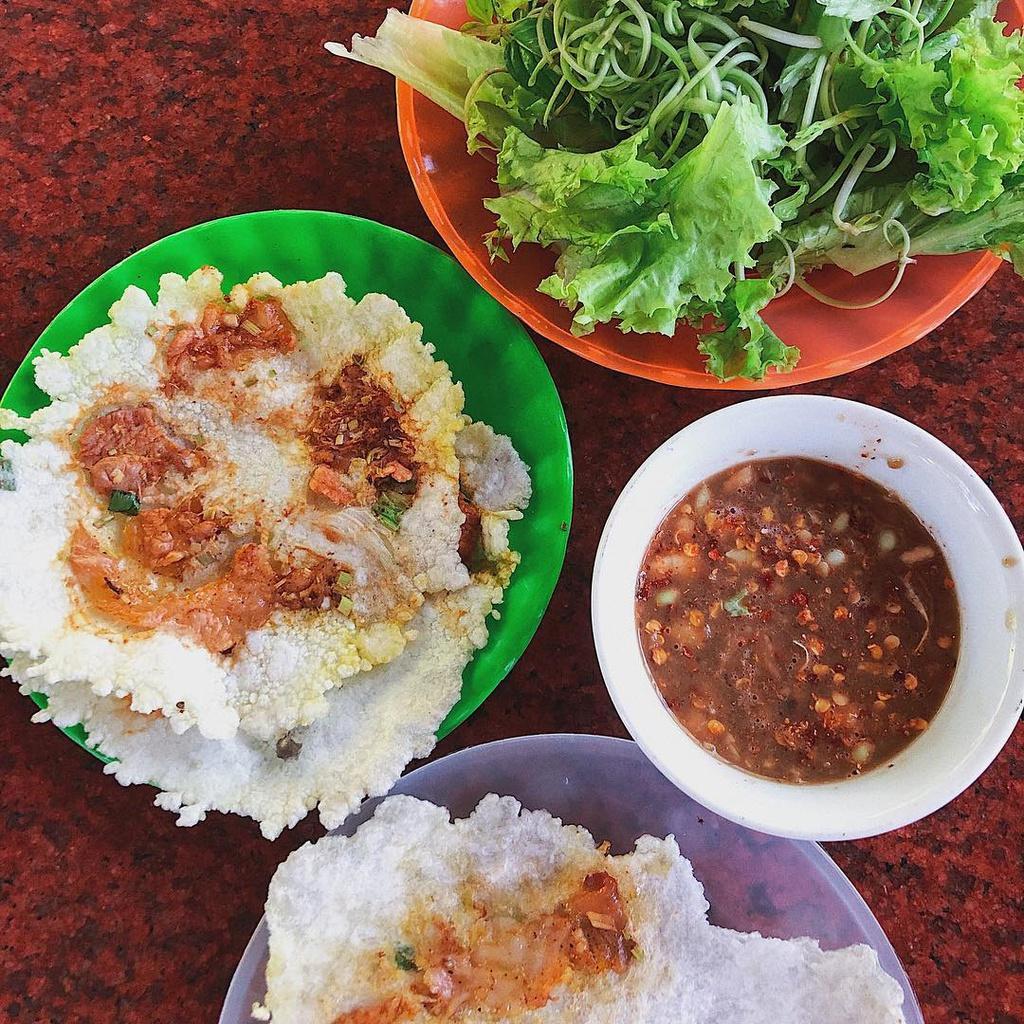banh-khoai-va-nhung-loai-banh-ngon-noi-tieng-xu-hue-ivivu-2