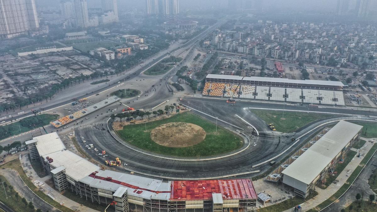 Lộ diện toàn cảnh đường đua F1 Hà Nội đang gấp rút hoàn thành – iVIVU.com