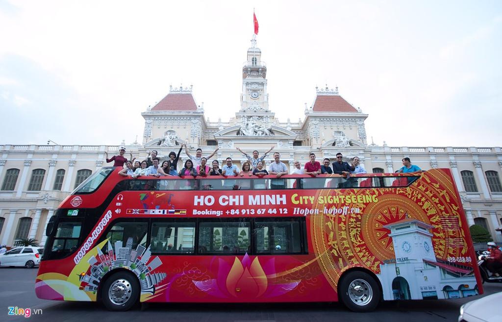 xe-bus-mui-tran-ivivu-4