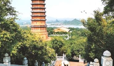 4-ngoi-chua-noi-tieng-hut-du-khach-check-in-tai-viet-nam-ivivu-10