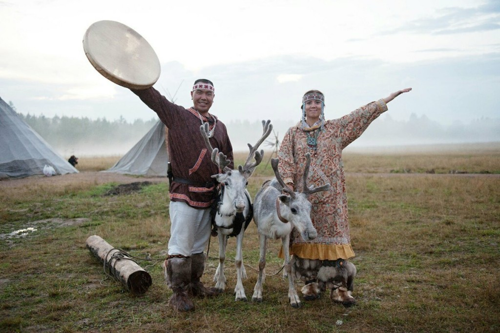 Người Chukchi nói chung ngôn ngữ Paleosiberia. Họ không có chữ viết cho đến năm 1931. Ảnh: Ivan Chesnokov.