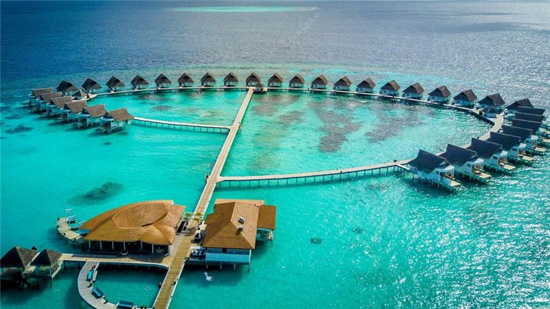 centara-grand-island-resort-spa-maldives-ivivu-3