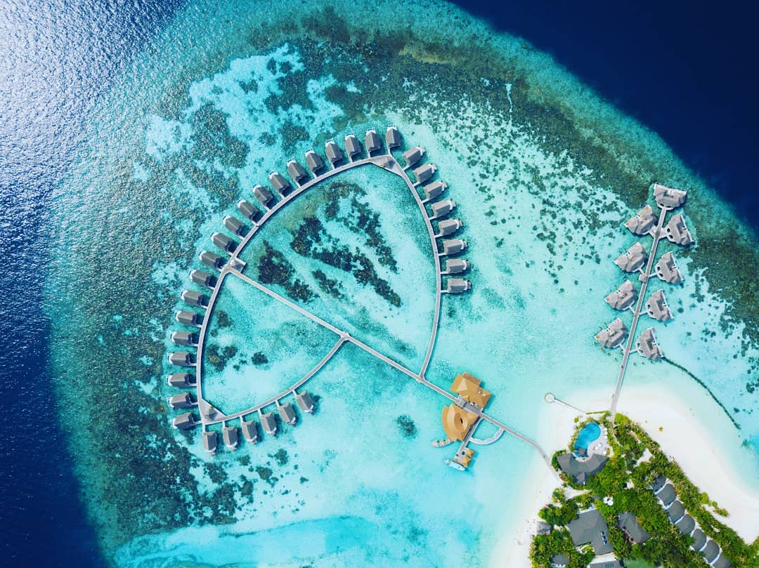 centara-grand-island-resort-spa-maldives-ivivu-4