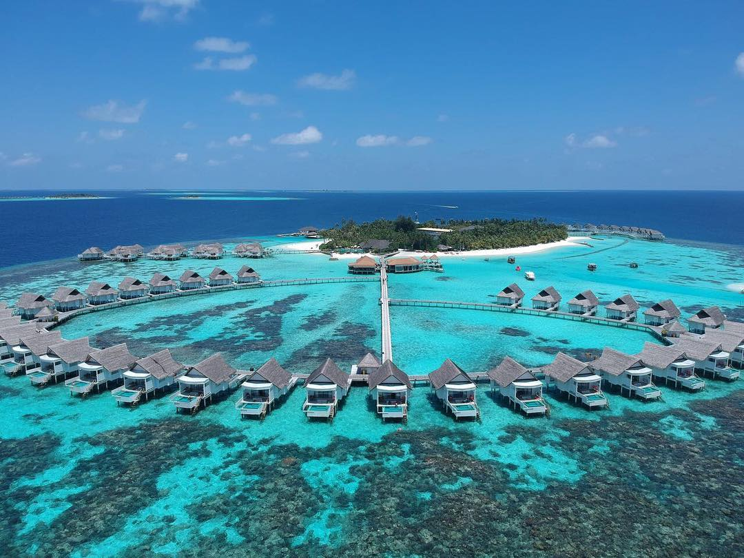 centara-grand-island-resort-spa-maldives-ivivu-5