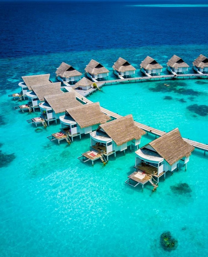 centara-grand-island-resort-spa-maldives-ivivu-8